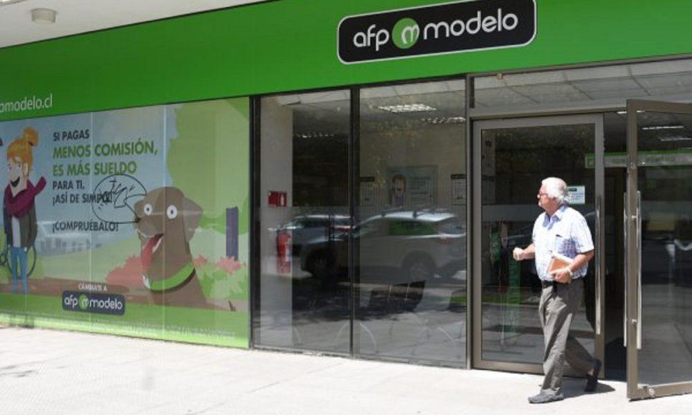 Redes sociales: se inicia el retiro del 10% y AFP Modelo desata ...