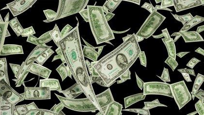 El dólar trepó a $ 28,10 empujado por los pesos que no renovaron Lebac