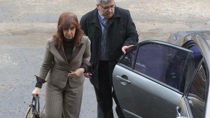 """Argentina: juez Bonadio procesó a la expresidenta Cristina Kirchner por """"asociación ilícita"""""""