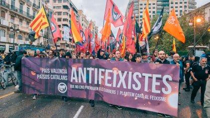 Histórica marcha antifascista frente a la extrema derecha en Valencia