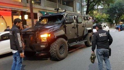 Papelón de Bullrich: dos reconocidos artistas chilenos detenidos acusados de terroristas