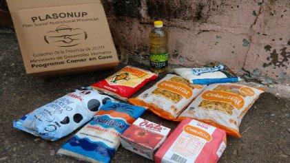 Cajas de alimentos PlaSoNuP: bronca en el barrio Alto Comedero de Jujuy
