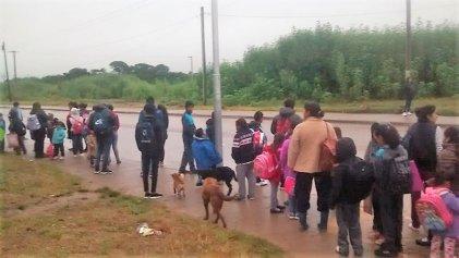 Jujuy: la travesía de llegar al colegio en Alto Comedero