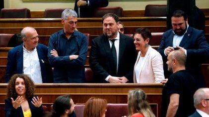 [VIDEO] Tres estampas de la inauguración de la XIII legislatura española