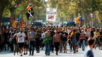 ¡Amnistía YA para los presos políticos! Todos a las calles: ¡Huelga general en Catalunya y movilizaciones en todo el Estado!