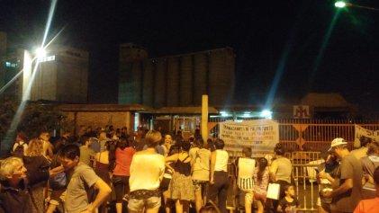 Triunfo en Minetti: la resistencia obrera pone freno a otro intento de desalojo