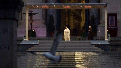 """La confesión de Francisco a los suyos: """"No escuchamos a los pobres ni al planeta enfermo"""""""