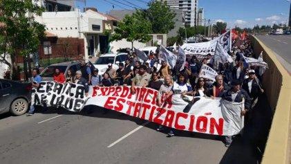 Trabajadores de cerámica Neuquén se movilizan el jueves a la Legislatura