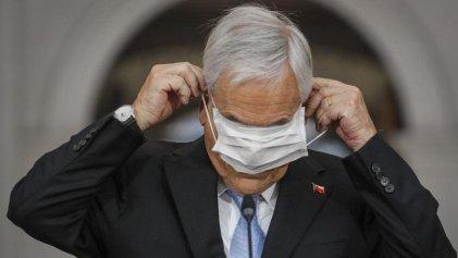 Piñera en picada: última encuesta le da solo 16 % de aprobación