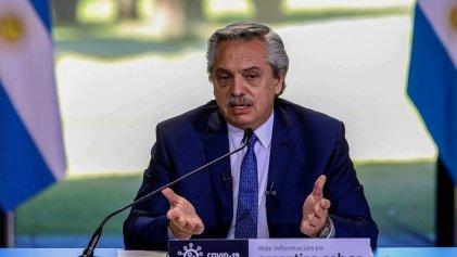 """Alberto Fernández: """"Tuvimos que seguir pagando a los organismos internacionales"""""""