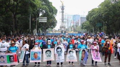 A seis años de su desaparición: miles en las calles exigieron justicia por los 43 normalistas