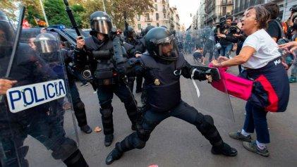 """Ley mordaza española: lo que no cambió con el Gobierno """"progresista"""""""