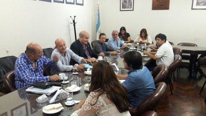El PJ de Jujuy recibe al interventor con los funcionarios de siempre