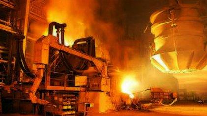 Fuerte caída de la producción de acero en enero