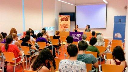 """Muy buenas presentaciones de """"La Rosa Roja"""" en Barcelona"""