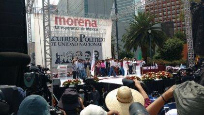 Priístas, perredistas y empresarios firman Acuerdo de Unidad con AMLO