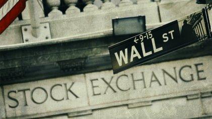 Impulsado por buenos resultados del JP Morgan, Wall Street trepa 0,8 %