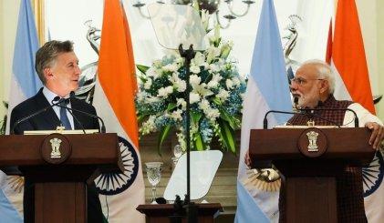Macri en la India a la caza de inversiones