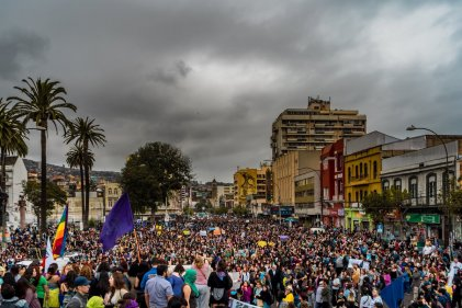 Histórica marcha en Valparaíso: 30.000 personas colmaron las calles este #8M