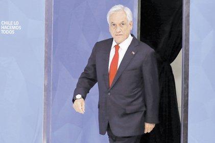 El hipócrita minuto de silencio de Sebastián Piñera por nuestros caídos
