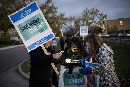 Huelga de profesores en Ontario: se suspende mesa de negociaciones