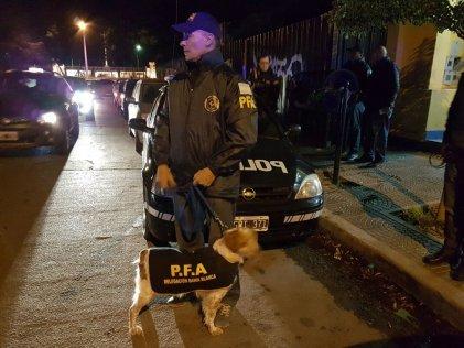 Un operativo policial como si fuese una dictadura
