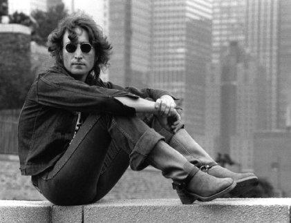 A 77 años del nacimiento de John Lennon: el pasado en su obra