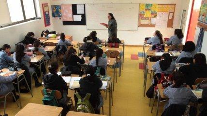Raúl Figueroa insiste con el retorno presencial a clases: ¿Quiénes se ven beneficiados?