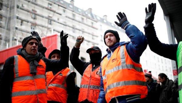 Huelga en Francia: asamblea de coordinación de sectores en lucha de París