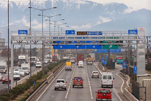 Las millonarias ganancias empresariales de autopistas urbanas concesionadas