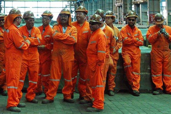 Hacen todo lo contrario: Tras denuncia de contagios masivos Chuquicamata aprueba jornada excepcional para mantener trabajo minero