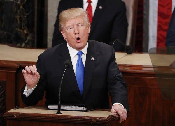 Un discurso anti inmigrantes y militarista de Trump ante el Congreso